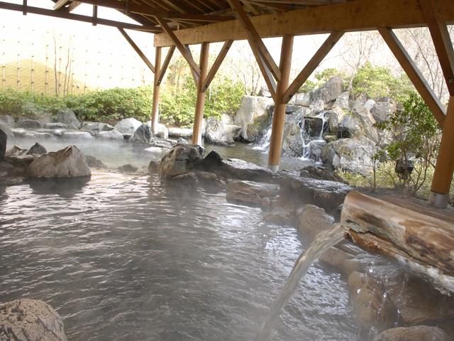 ホテルエピナール那須 温泉露天風呂